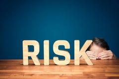 Het ongerust gemaakte concept van de risicomanager stock fotografie