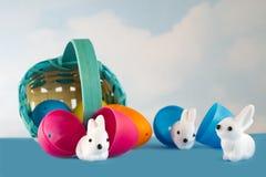 Het ongeval die Pasen vergen zonnebaadde in het land van cuteness Stock Afbeeldingen