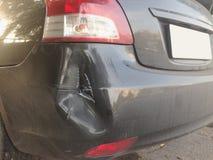 Het ongeval van de autoneerstorting op de weg Royalty-vrije Stock Afbeelding