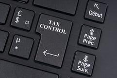 Het online concept van de belastingscontrole royalty-vrije stock afbeeldingen
