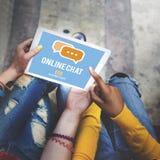 Het online van het Communicatie Globale Concept Praatjegesprek Royalty-vrije Stock Foto's
