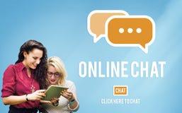 Het online van het Communicatie Globale Concept Praatjegesprek Stock Afbeeldingen
