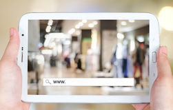 Het online winkelen op het tabletscherm, zaken, Elektronische handel Royalty-vrije Stock Fotografie