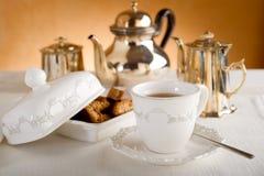 Het ontbijt van de luxe met thee stock foto's