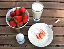 Het ontbijt van de zomer Royalty-vrije Stock Afbeelding