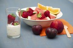 Het ontbijt van het dieetfruit Royalty-vrije Stock Afbeelding