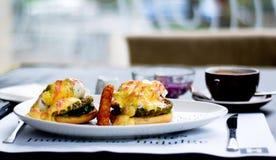 Het ontbijt van Nice met koffie Stock Afbeeldingen
