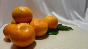 Het Ontbijtvitaminen van het mandarijn verse fruit stock afbeeldingen
