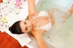 Het ontspannen in bad Stock Fotografie