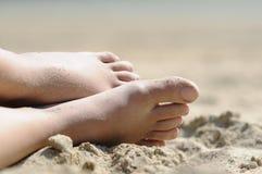 Het ontspannen bij het strand Stock Foto
