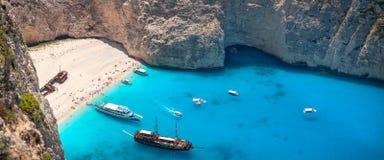 Het strand van Navagio, Zakinthos eiland, Griekenland Stock Foto's