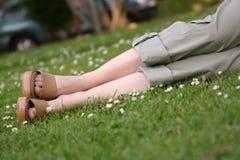 Het ontspannen in het park Royalty-vrije Stock Afbeeldingen