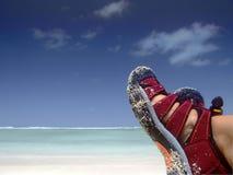 Het ontspannen op het strand Stock Foto's