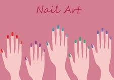Het ontwerp en de kunst van de kleurenspijker met de illustratie van vijf manicurehanden Stock Afbeeldingen