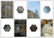 A4 het ontwerp van de brochuredekking met geometrische vormen en maskers in moderne minimalistic stijl Creatief jaarlijks vlieger Stock Foto