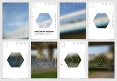 A4 het ontwerp van de brochuredekking met geometrische vormen en maskers in moderne minimalistic stijl Creatief jaarlijks vlieger Royalty-vrije Stock Afbeelding