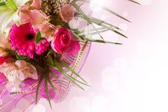 Het ontwerp van de kunst met de lentebloemen Stock Foto's