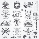 Het ontwerp van de skiclub Vector illustratie royalty-vrije illustratie