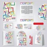 Het ontwerp van het kantoorbehoeftenmalplaatje met kleuren vierkante elementen Stock Afbeelding
