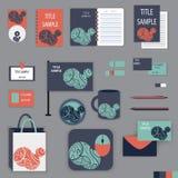 Het ontwerp van het kantoorbehoeftenmalplaatje met oranje en blauwe ornamentelementen Stock Afbeelding