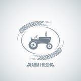 Het ontwerpachtergrond van de landbouwbedrijf verse tractor Stock Afbeeldingen
