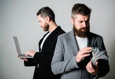 Het ontwikkelen van toepassingen Digitale Technologie IT zaken Online zaken Verdien geld online zaken Zij weten hoe te het stock afbeelding