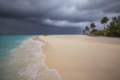 Het onweer komt aan de Maldiven Royalty-vrije Stock Foto's