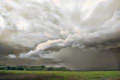 Het onweer komt aan de vallei Stock Afbeelding