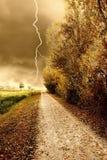 Het onweer van de herfst in het park Royalty-vrije Stock Afbeelding