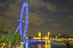 Het oog, de Big Ben en de Huizen van Londen van het Parlement Stock Afbeelding