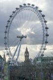 Het Oog en Groot Ben Houses Of Parliament London het UK van Londen Royalty-vrije Stock Afbeelding
