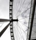 Het Oog van Londen in Londen stock afbeeldingen
