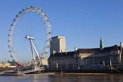 Het Oog van Londen en Provinciehuis Stock Foto's