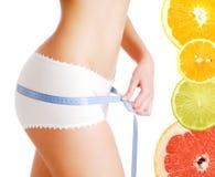 het op dieet zijn op citrusvruchten Stock Afbeelding