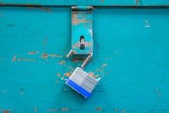 het open hangslot hangen van wintertalingstoolbox royalty-vrije stock foto