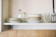 Het open opschorten in keuken Stock Afbeelding