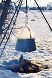 Het openlucht Koken in de Winter Royalty-vrije Stock Afbeeldingen