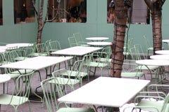Het openlucht restaurant plaatsen Stock Foto