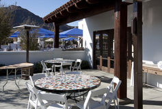 Het openlucht Restaurant van het Terras Stock Afbeeldingen