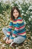Het openluchtportret van jongelui preteen meisje Stock Afbeeldingen