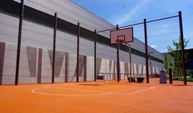 Het openluchtpubliek van het basketbalhof Stock Foto's
