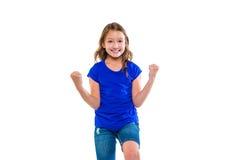 Het opgewekte het jonge geitjemeisje van de winnaaruitdrukking overhandigt gebaar Stock Foto's