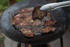Het opslaan van barbecue op een speciale manier royalty-vrije stock afbeeldingen
