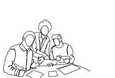 Het Opstarten van bedrijfsmensenteam working together at new tijdens Eenvoudige de Krabbelstijl van de Brainstormingsvergadering royalty-vrije illustratie