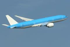 Het opstijgen van het vliegtuig Royalty-vrije Stock Afbeeldingen