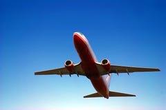 Het opstijgen van het vliegtuig Stock Foto's