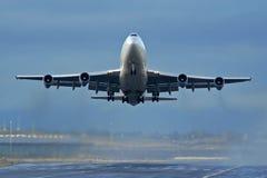 Het opstijgen van vliegtuigen Royalty-vrije Stock Foto's