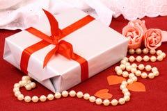 Het opwekken van gift voor St. de Dag van de Valentijnskaart Stock Foto