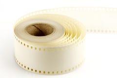 Het opzetten van band aan 35mm film Stock Fotografie