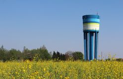 Het Oriëntatiepunt van de watertoren, Lebbeke, België stock afbeelding